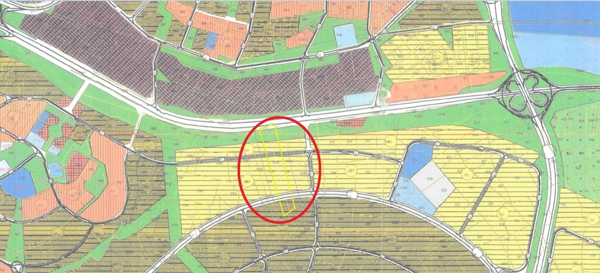 İzmir yoluna Cephe Görükle Mera da Satılık 20 Dönüm Arazi.
