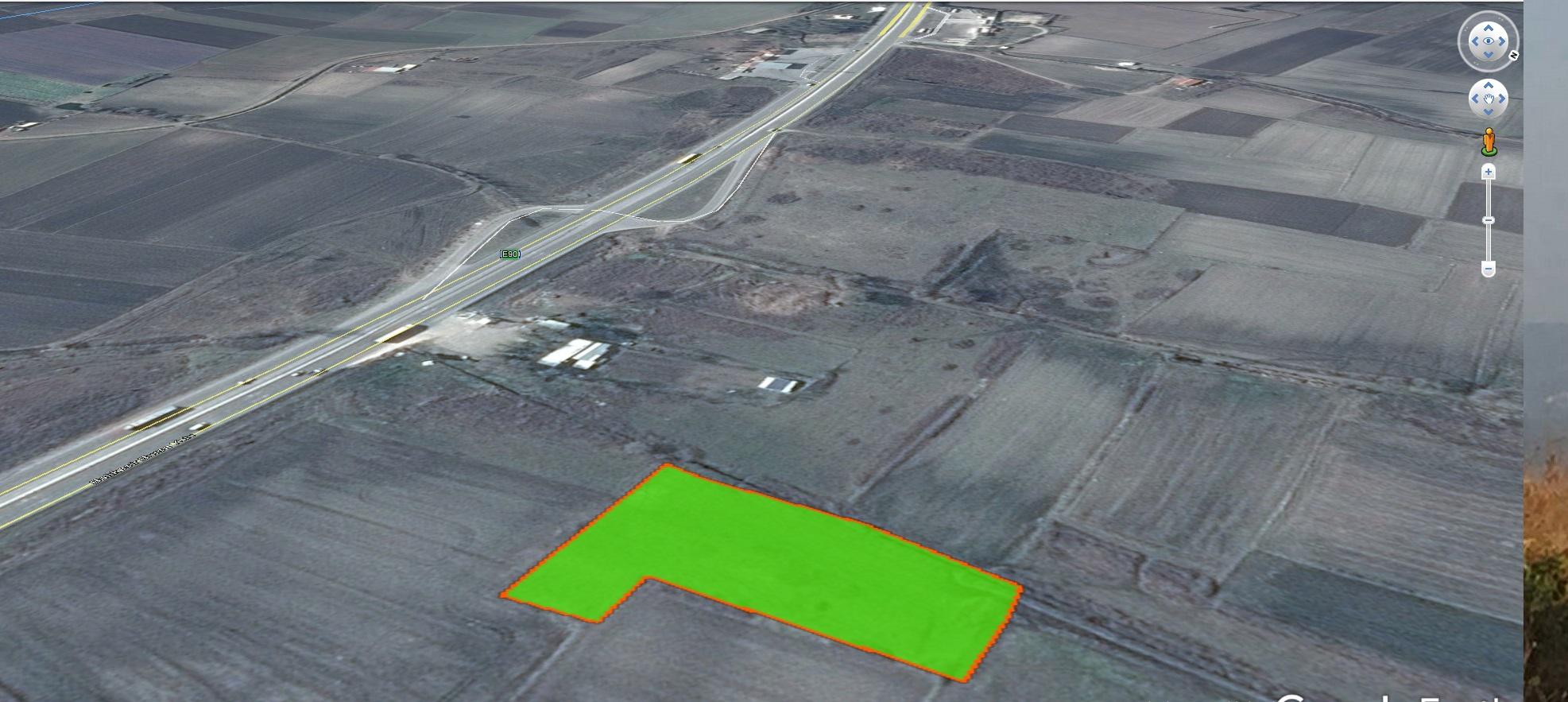 Karacabey yoluna 2 Parsel Seyranda Satılık 5 150 m2 Yatırımlık arazi.